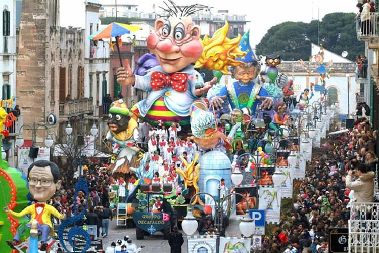 Folklore_apulia_putignano_carnival