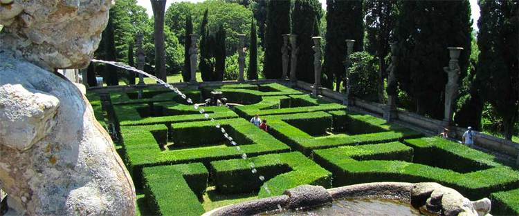 Farnese Palace garden - from encgo.wordpress.com