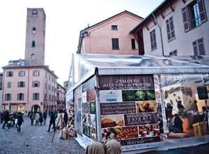 Foodie+market+in+Piedmont