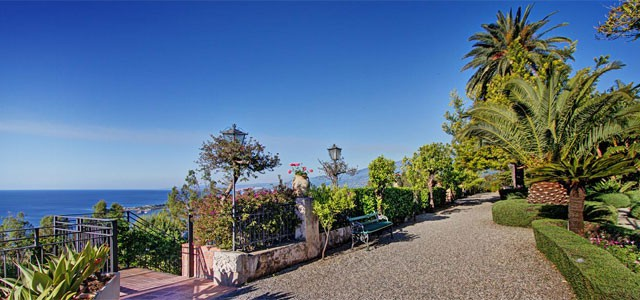 Exotic gardens and fantastic sea view at San Domenico Palace in Sicily