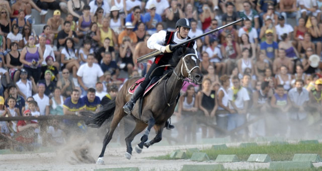 Joust of the Quintana, photo from quintanadiascoli.it