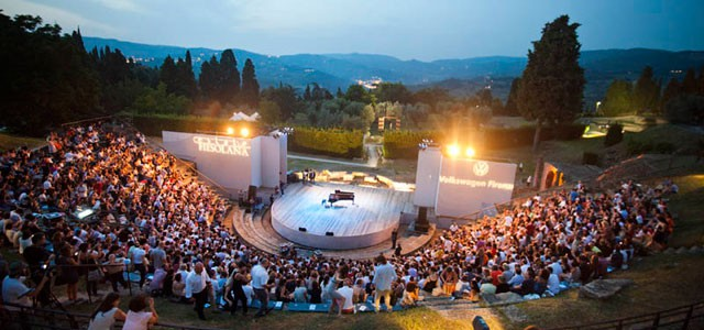 Estate Fiesolana: Italy's oldest open-air concert. Photo from bitconcerti.blogspot.it
