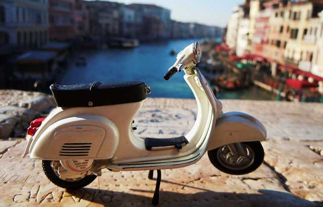 Vespa_Vespa_+_Canal_Gran-by-SteGrifo27