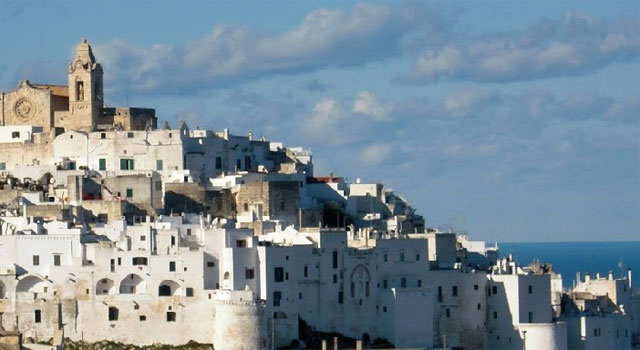 "Wedding in the ""White City"", Ostuni"