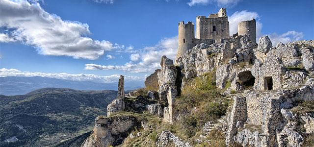 Rocca Calascio Castle - Image from improntalaquila.org