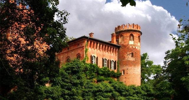 Redabue Castle