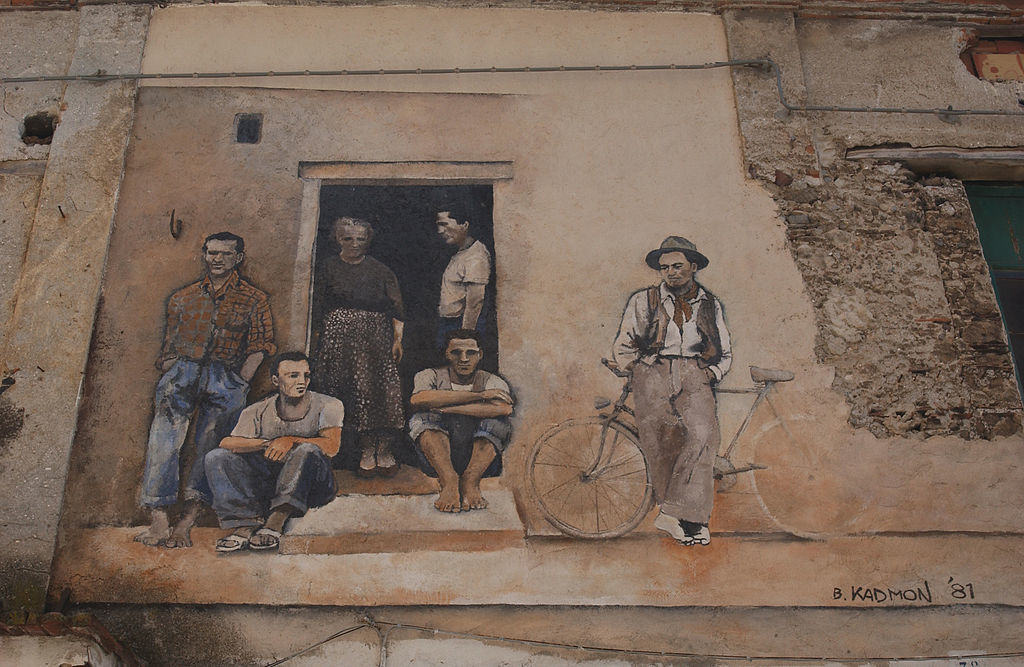 Mural painting in Diamante, Calabria, Italy - by Eugenio Magurno