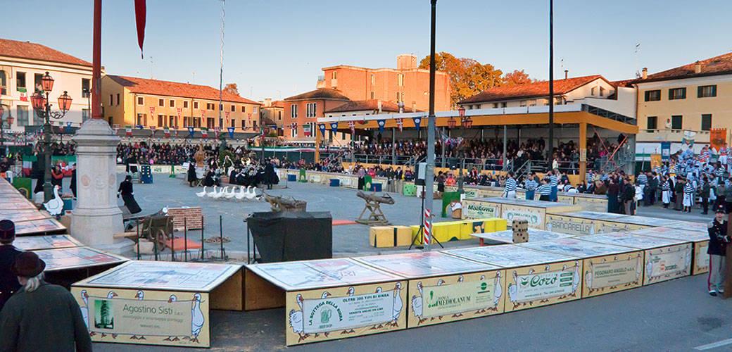 "Zogo dell'Oca ""Goose Game"" & Festival in Mirano, Veneto"