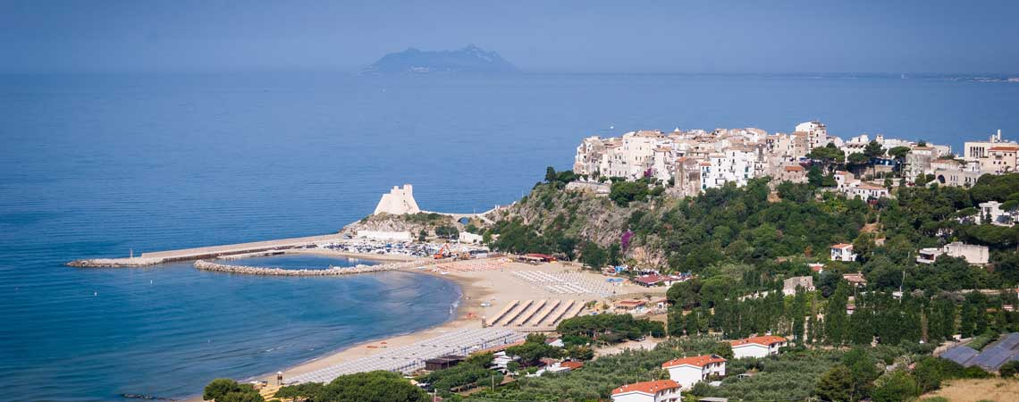 Beach Wedding in Italy: Sperlonga, Lazio