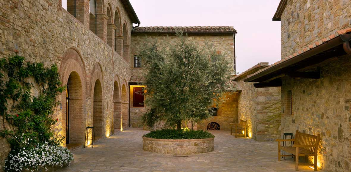 Event Venue in Italy: Fontanelle