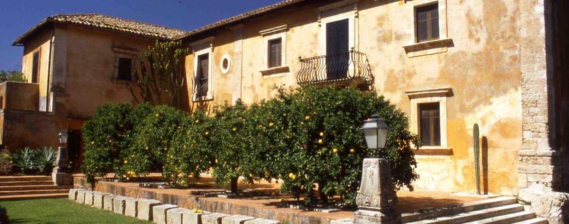 Biviere Garden in Sicily
